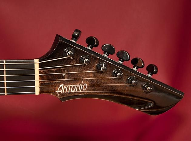 antonio-zombie-12